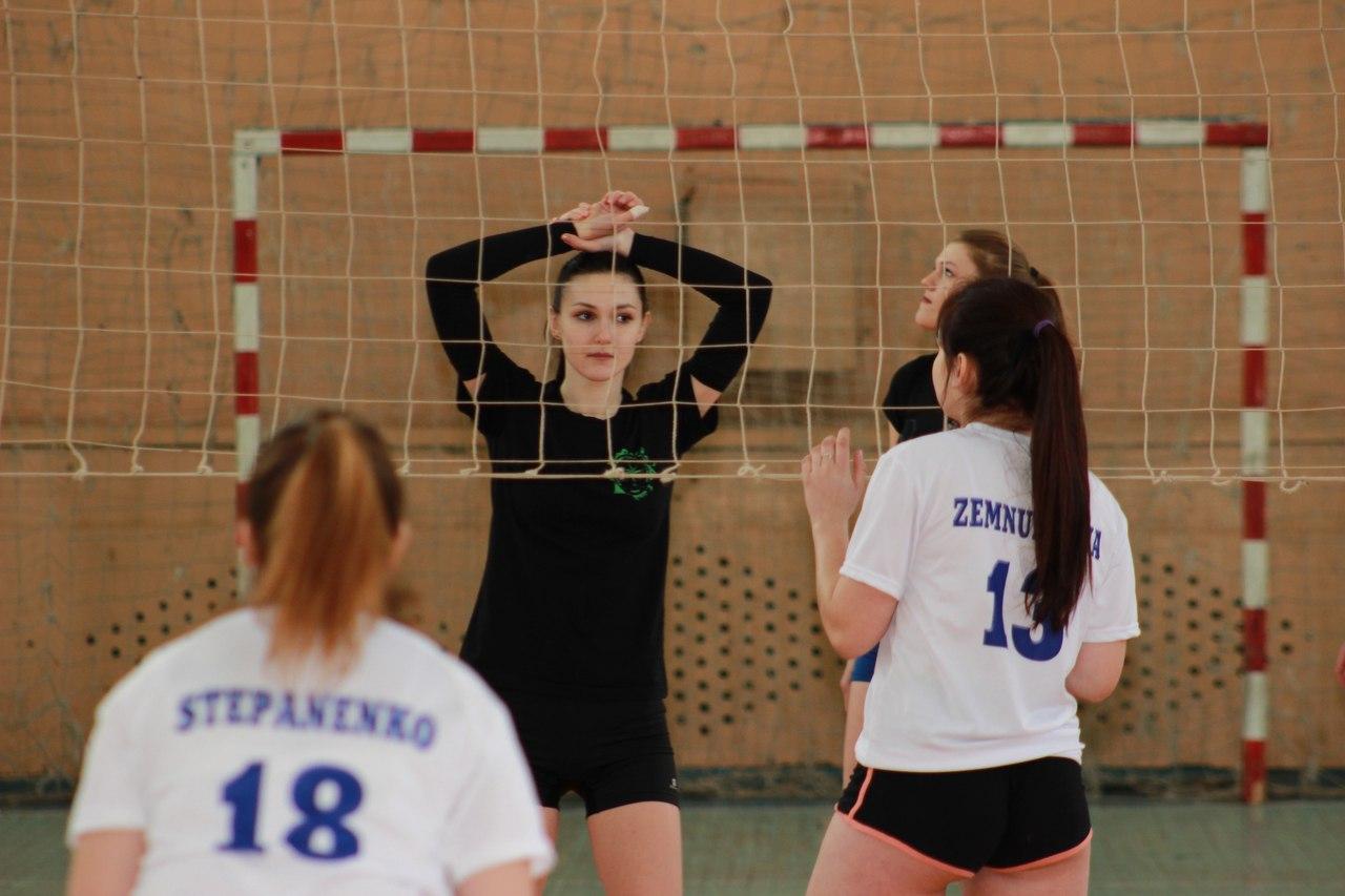 Определились победители районного волейбольного турнира