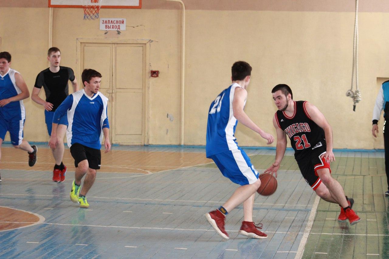 Победителями баскетбольного турнира стали команды БИСГУ и БТМСХ