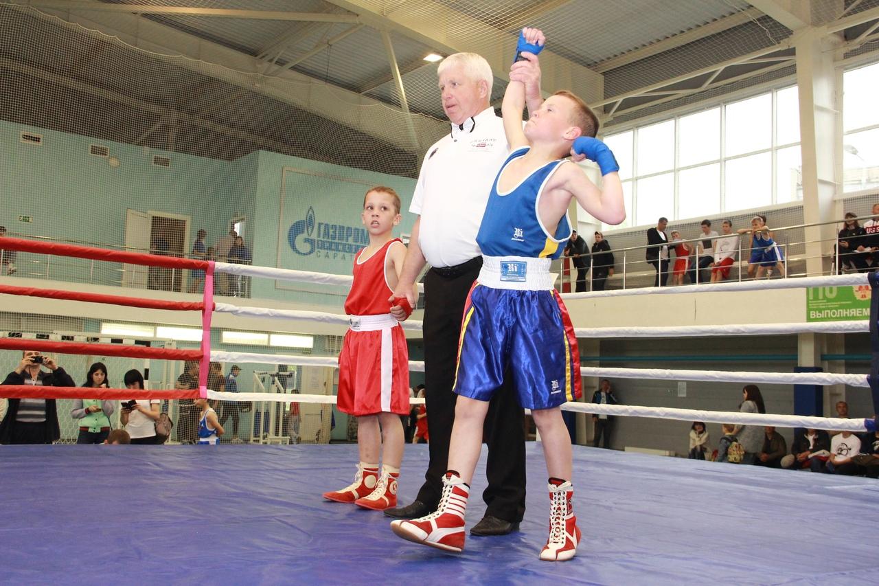 В Балашове прошел турнир по боксу, посвященный Дню Победы