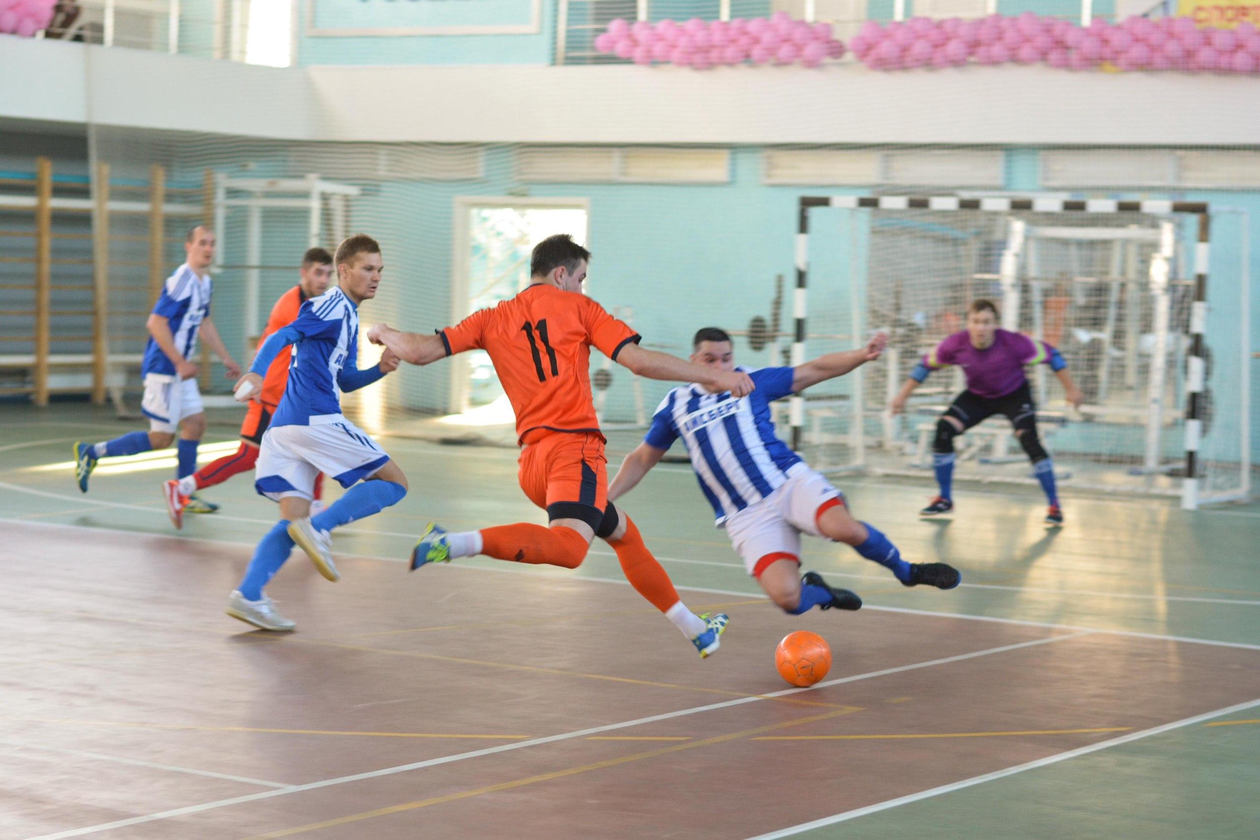 В Балашове стартовал кубок по мини-футболу